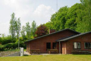 Huset set fra lejrpladsen